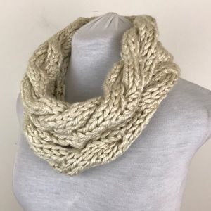 NWOT Lewis Knits Hand Knit Cable Infinity Scarf